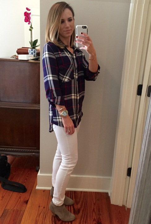 white jeans with plaid and booties for fall
